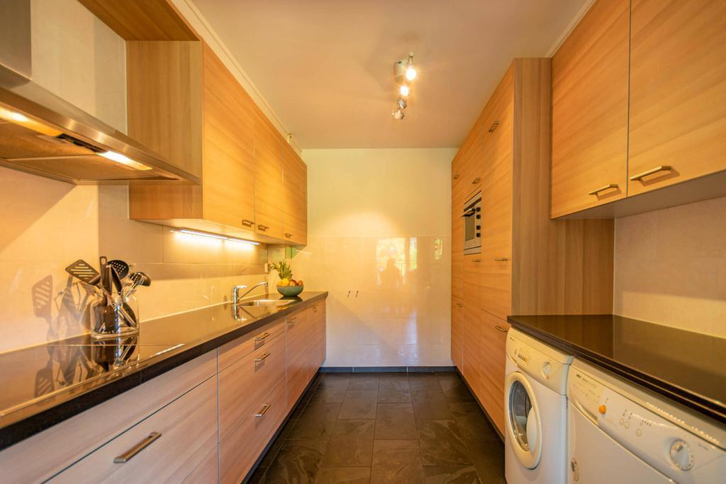 compleet uitgeruste keuken