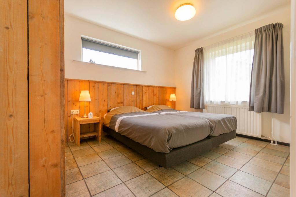 slaapkamer beneden in het vakantiehuis